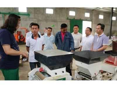 来宾市:上海矢崎公司到来宾市调研水稻工厂化秧建设工作