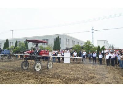 泰州:召开全市粮食生产全程机械化现场推进会