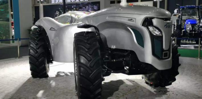 2020国际农机展回顾:拖拉机千机争霸,电动化智能化是新赛道